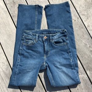 H&M divided straight leg jeans size 4